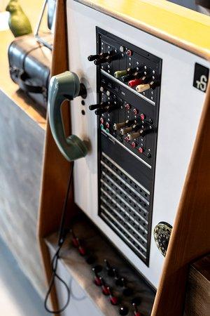 Da ist das Ding! Unsere alte Telefonzentrale - ein Hingucker!
