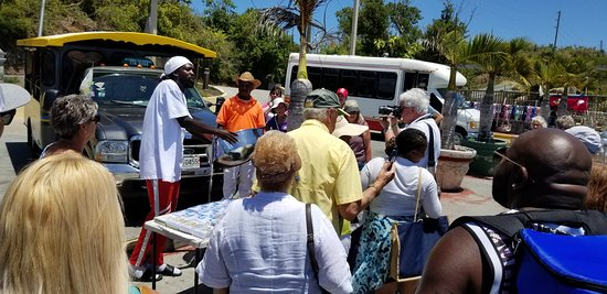 It is possible to get a short music lessons on the steel drums while on Brenda and Franko's Fun Tours:)))
