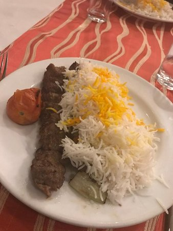 Gilak by Hossein: Iranian Kebab, the best way to eat meat... Yummy...
