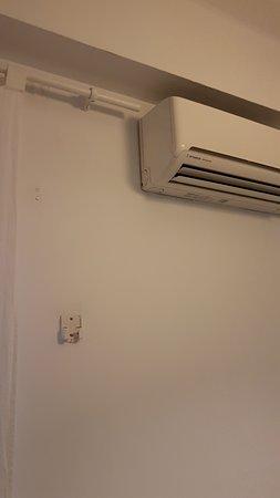 Climatisation cassée et pas de télécommande.