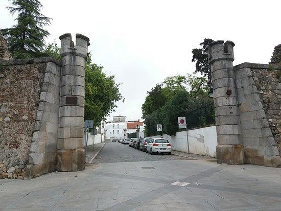 Porta de Alconchel