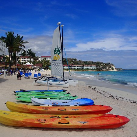 Pineapple Beach Club Antigua - All Inclusive: Beach is amazing.