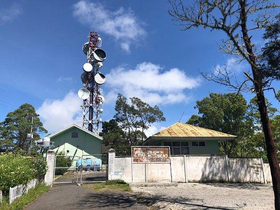 Wolobobo Hill