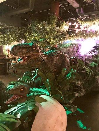T-Rex Restaurant: Fun experience