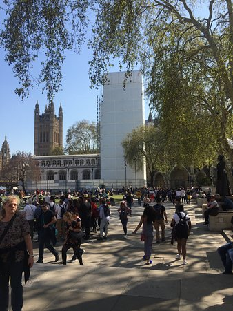 Conhecendo a cidade de Londres e passeando pelos seus bairros.