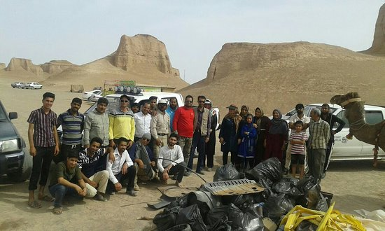 Shahdad, Iran: Cleanliness Tour in Kalut