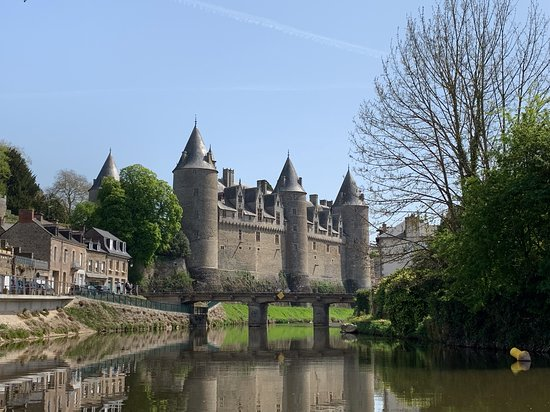chateau de Josselin from the River