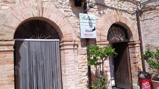 Monteleone di Fermo, Italia: BELVEDERE   ristorante bar pizzeria