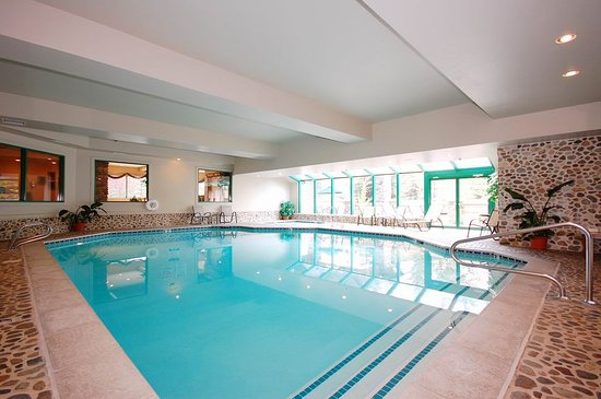 Sun Valley-Ketchum, ID: Our pool & spa area has been refreshed! enjoy a fresh dip