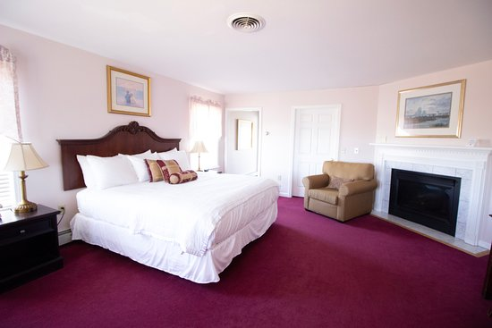 Lakeview Executive Suite