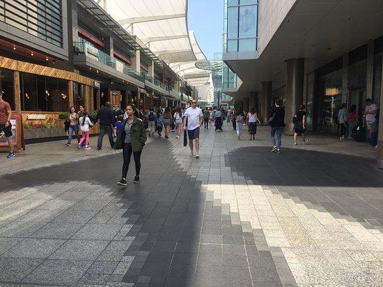 Busaba Westfield London: Conhecendo todos os recantos do maior Centro de compras da Europa : O shopping Westfield em Londres.