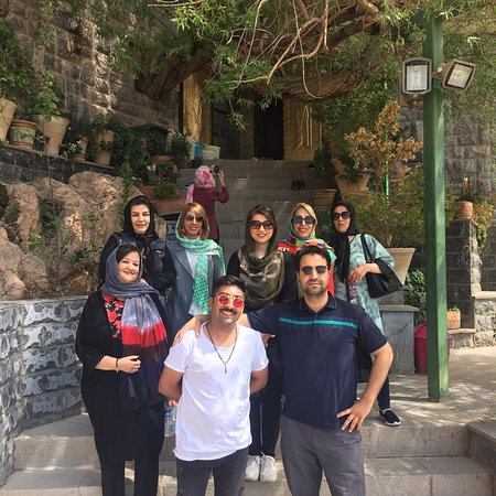 Didaniha Travel Agency: Chak chak  (Zoroastrian temple)