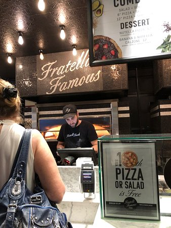 Fratelli Fresh Westfield Sydney: oven