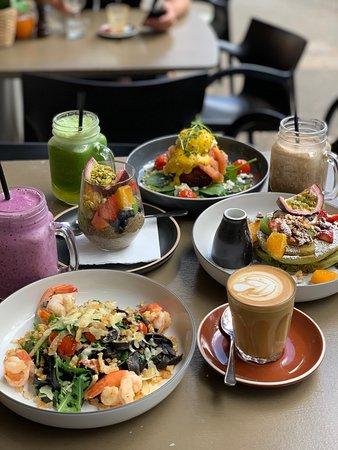 le monde cafe sydney surry hills restaurant reviews photos rh tripadvisor com au