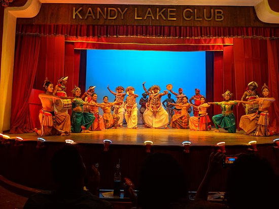 ‪Kandy Lake Club - Cultural Dance Show‬
