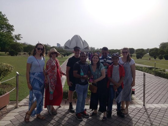 New Delhi tour  www.tourindiabycar.com