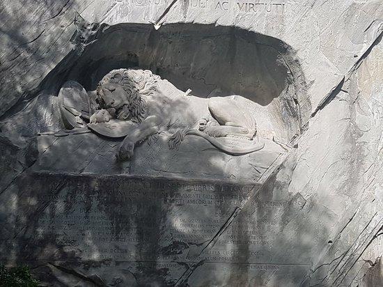 Luzern, Sveitsi: Lion Monument