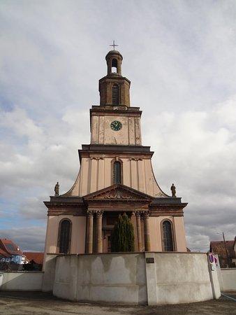 Burnhaupt-le-Bas, Eglise St Pierre et St Paul (façade principale et clocher)