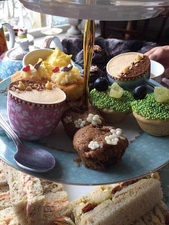 Heydon Village Tea Shop: Exquisite little sweet offerings