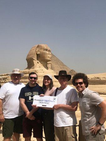 Excursão diurna para as pirâmides de Gizé, com passeio de camelo, almoço, Museu Egípcio e khan El Khalili : Great day with a great company.
