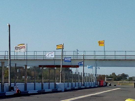 Nueve de Julio, Argentina: Hermoso autódromo