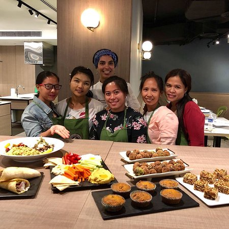Commune Kitchen - Cooking Classes: Healthy homemade snacks class