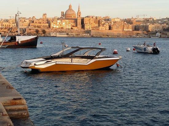 Flytime Malta: @flytimemalta Parasailing & Private Charters 