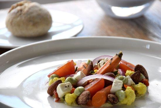 Hummus met gegrilde groenten