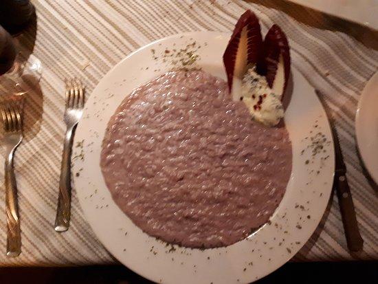 Le Vere Grotte IMPERIAL: risotto barolo e gorgonzola