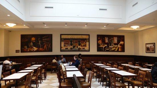 Porto's Bakery & Cafe: Portos