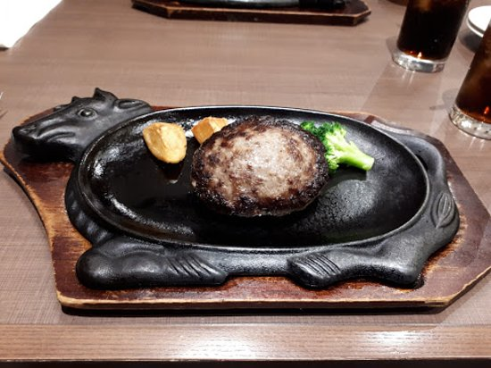 Volks Narita: Meat portion  --with 2 potatoes and 1 broccoli