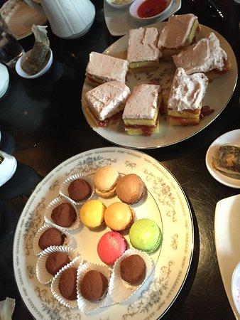 The Attic Door Wine Bar and Tea Room: Dessert