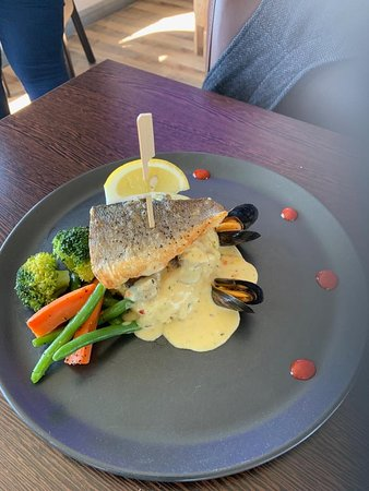 Blu Bar & Restaurant: Sea Bass, served with creamy mashed potatoes, seasonal vegetables, served with a seafood sauce