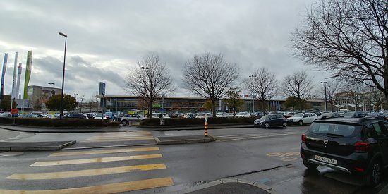 Carouge, Suisse : Mall Area