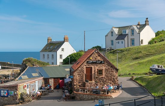 St Abbs, UK: Who has seen the new Avengers Endgame? Does anybody recognise this wee village? 🤔