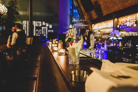 American People Bar: Bar