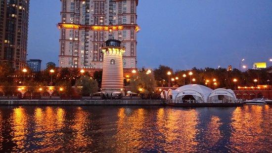 Клуб в москве на воде клуб ночной цветной бульвар
