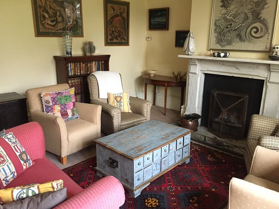 Lower Heyford, UK: Living room (open to guests)