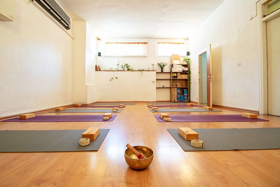 YogaPoint - Ramban Yoga Center