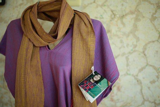 San Cristobal de las Casas, المكسيك: bufanda y blusa