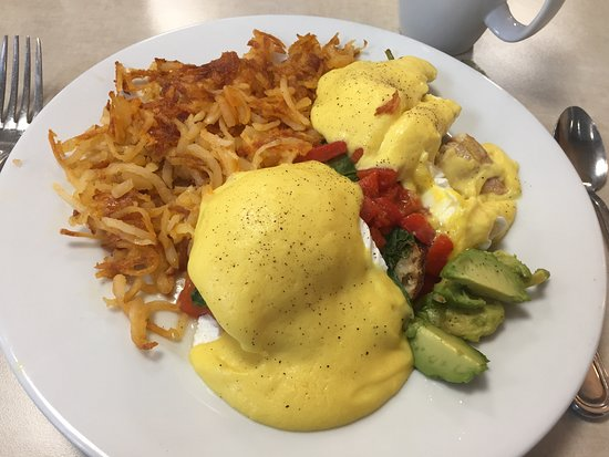 d'egg diner:  Virginia Beach benedict