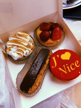 A good range of French pastries!