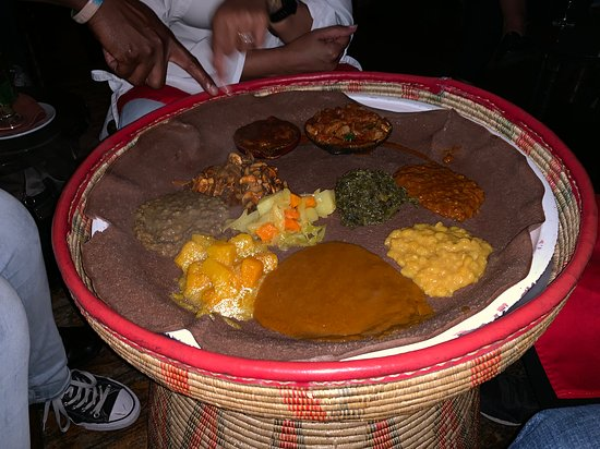 Addis in Cape Ethiopian Restaurant : The table