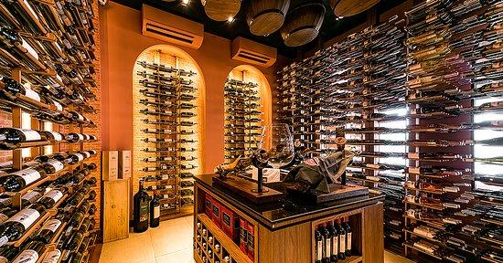 Wine Cellar Bodegas Wine