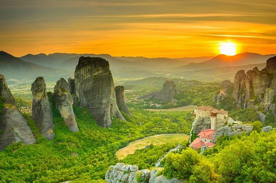 2-Day Trip to Delphi and Meteora from...