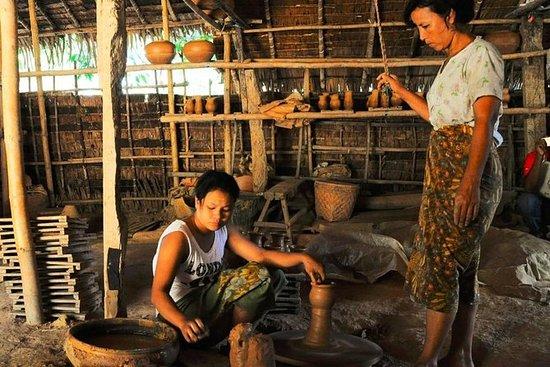 Rural Myanmar og keramikk tur fra...