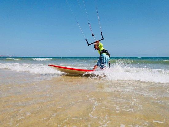 Ham Tien, Вьетнам: Kitesurfing muine - paba kite center