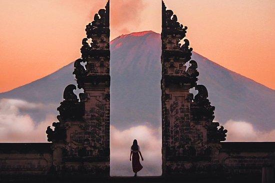 Gateway of Heaven på Pura Lempuyang i...