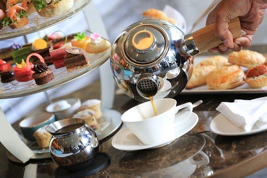 L.A.B: High Tea