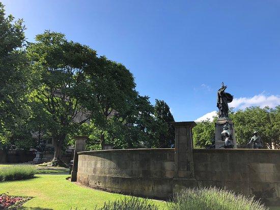 Foto de St.John's Gardens